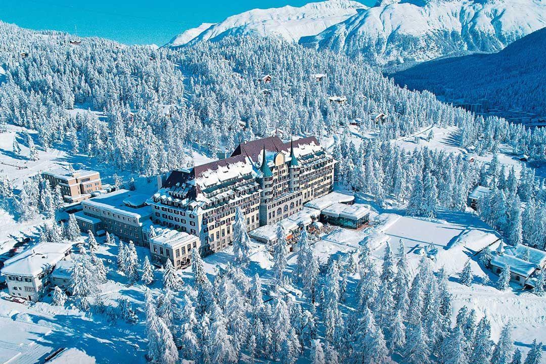 Les escort girls élite suivants sont à votre disposition à Saint-Moritz :