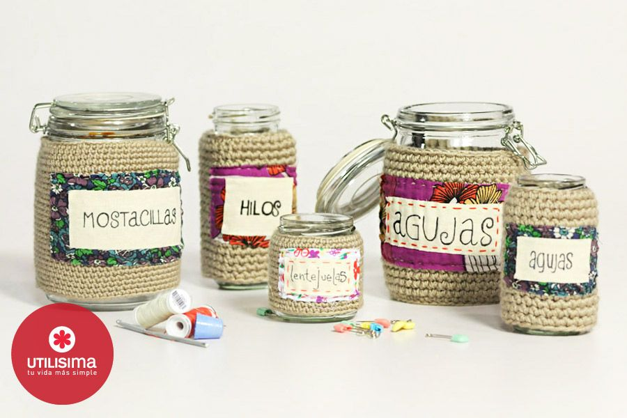 Frascos con tejido y etiquetas, por Camila Aparicio Hecho en casa