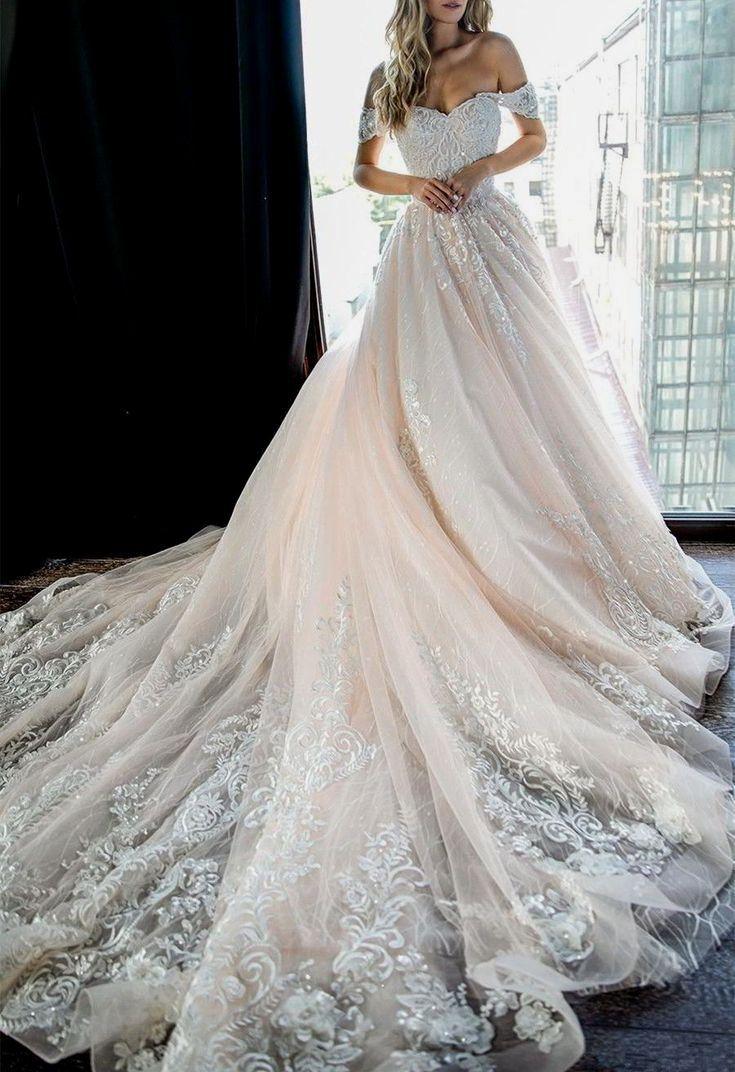 Neue romantische Brautkleider - Kleider - #Brautkleider #Kleider