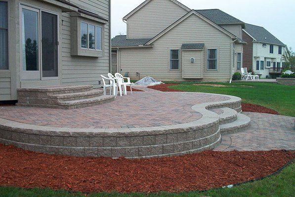 Paver Steps Patio Raised Brick Patio With Decorative Pavers Patio Pint