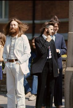 Abbey road cover photo shoot beatles 1969 the abbey for Abbey road salon