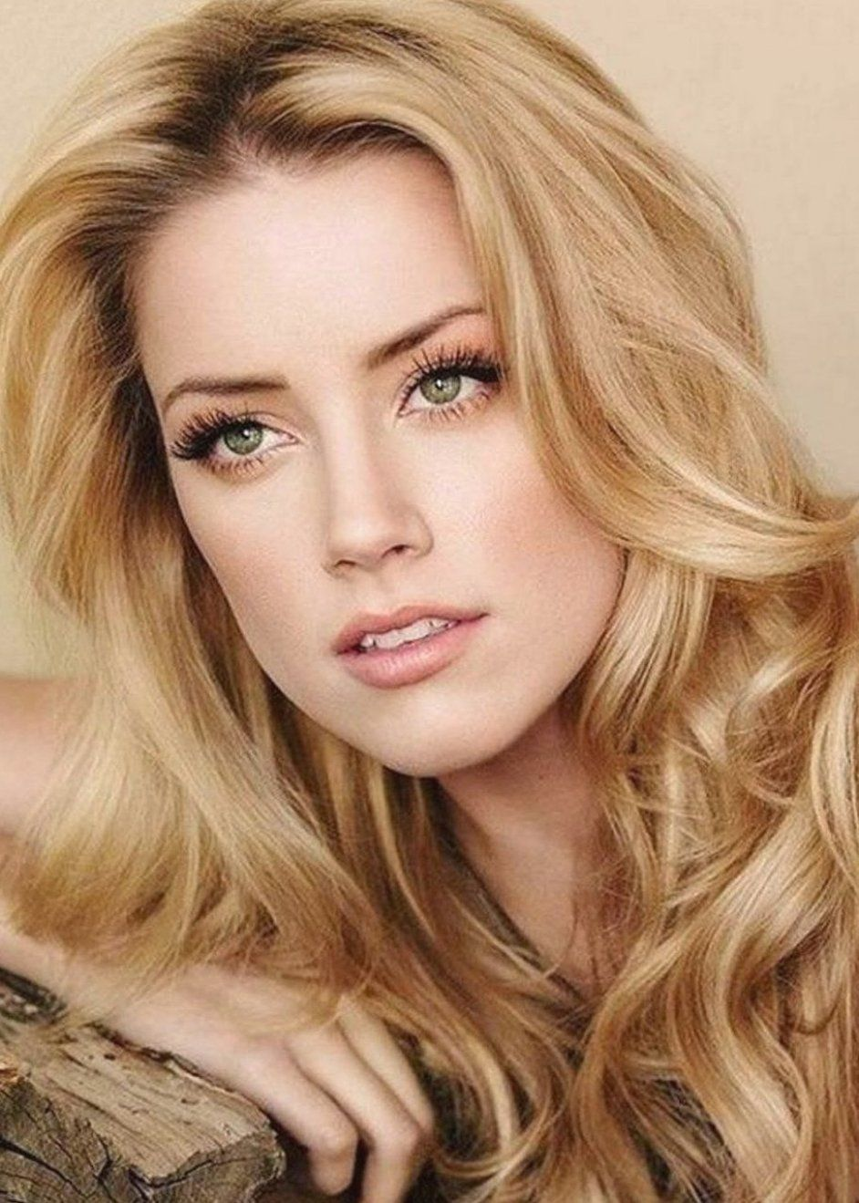 What Is The Best Shade Of Blonde For Super Fair Skin Beautyeditor Beautytutorials Balayagehair Blond In 2020 Hair Pale Skin Cool Blonde Hair Skin Tone Hair Color