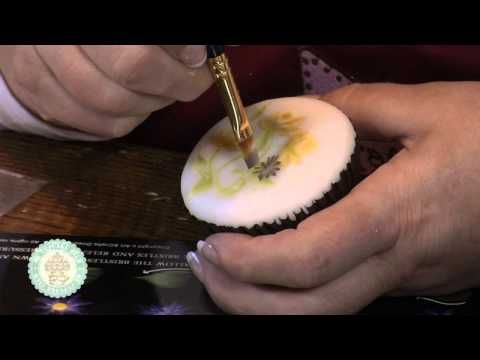 ▶ Issue 7 Video 2: Spring Cupcakes - YouTube