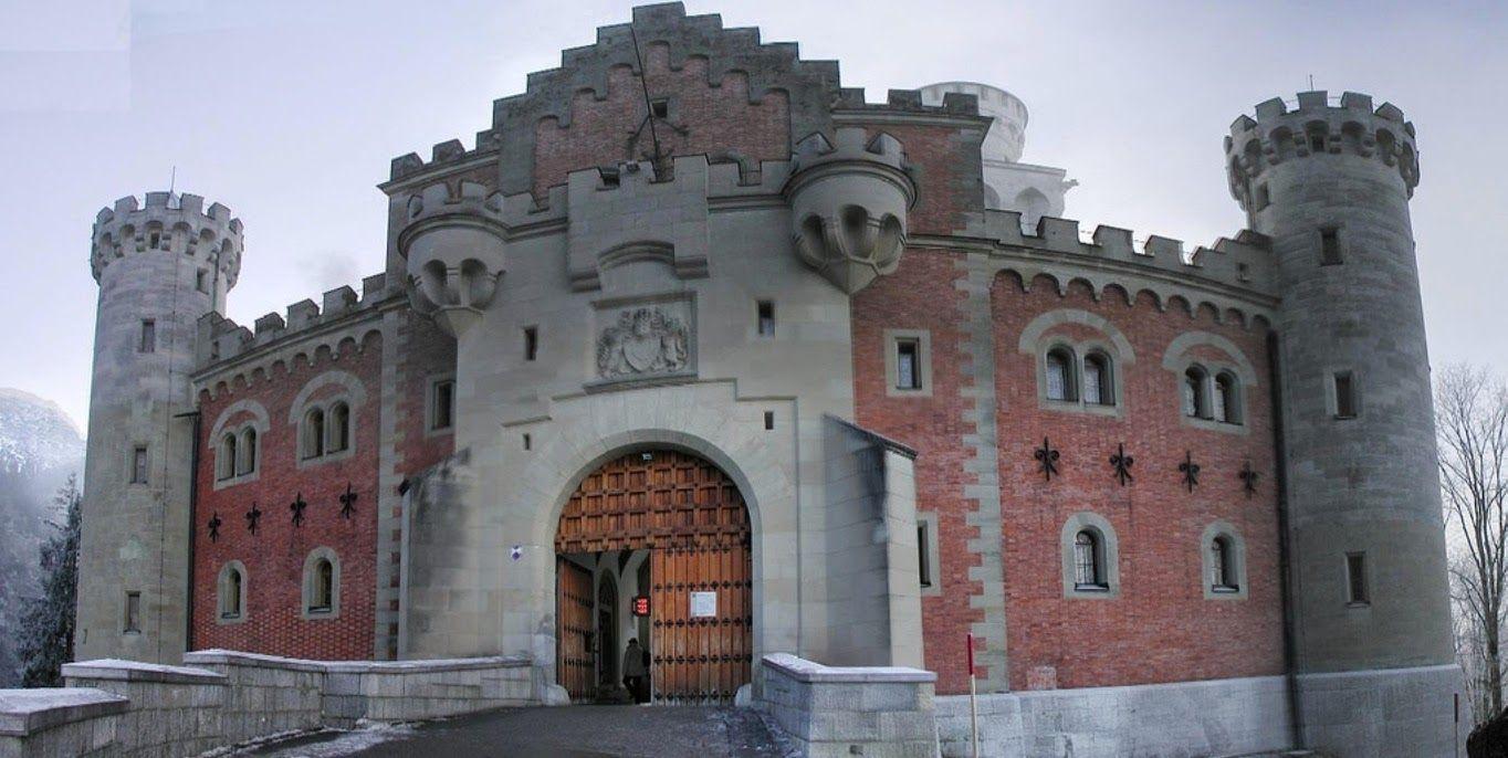 Neuschwanstein Castle Neuschwanstein Grotto Neuschwanstein Castle Castle Grotto