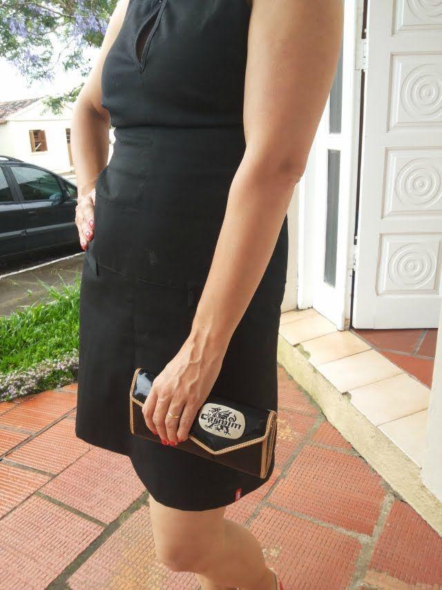 FEMINA - Modéstia e elegância: Vestido preto + Valentino inspired da Raphaella Booz