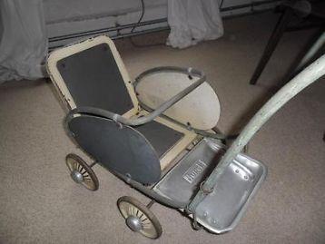 Antieke poppenwagen van torck kinderwagen kocarky strollers pinterest baby prams and babies - Chair antieke ...