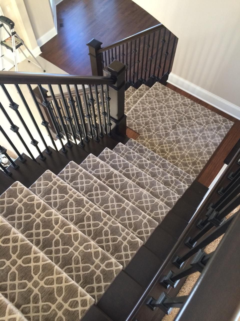 Best Patterned Stair Runner Staircase Wrought Iron Banisters 640 x 480