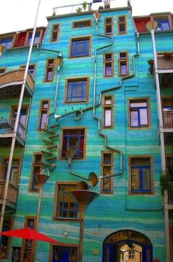 German Artists Make Music with Rainwater - Okeanos Aquascaping