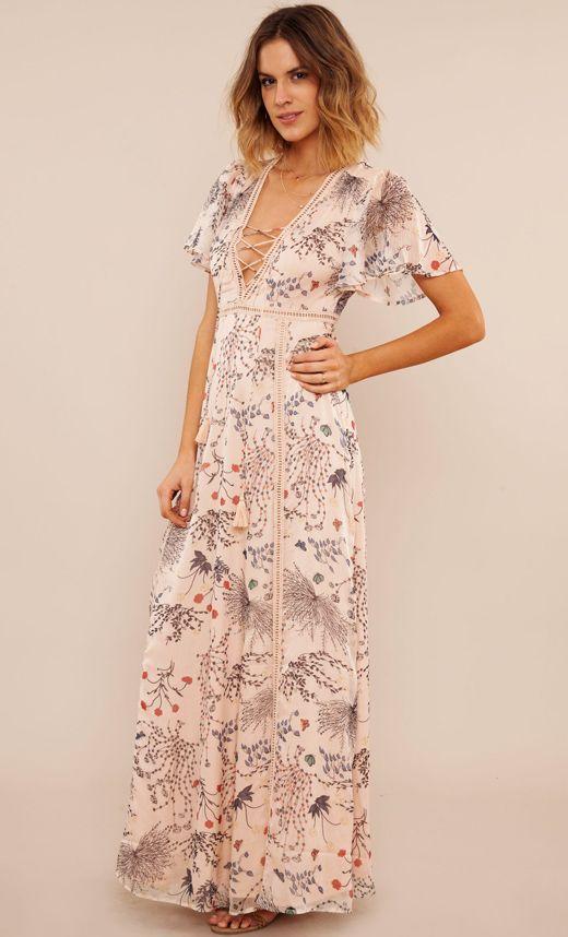 4cb95f3d0 Estos son tus vestidos largos para verano y están en BDBA http   stylelovely
