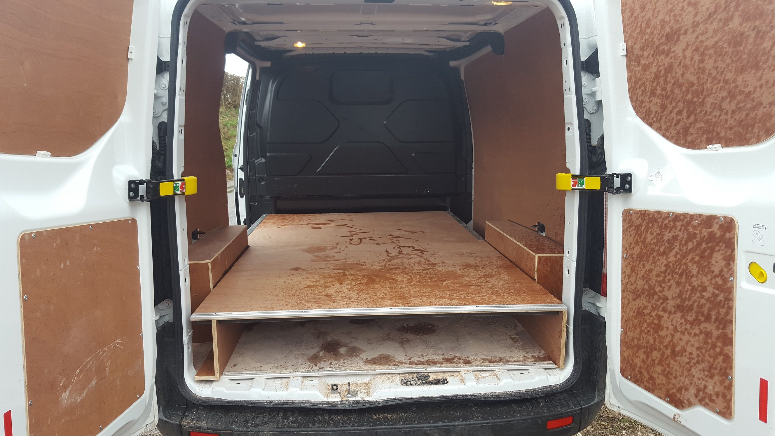 Ford Custom False Floor In 2020 With Images Transit Custom Custom Floor Commercial Vehicle