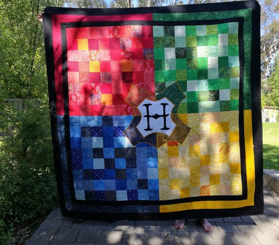 Harry Potter Hogwarts themed Queen size quilt by AusKelsQuilts