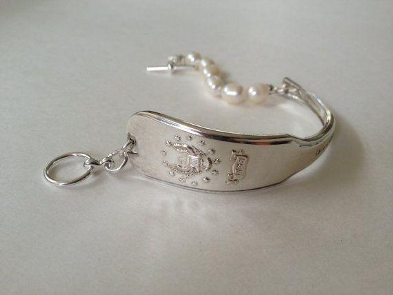 Connecticut Bracelet Pearl Jewelry Spoon Silver