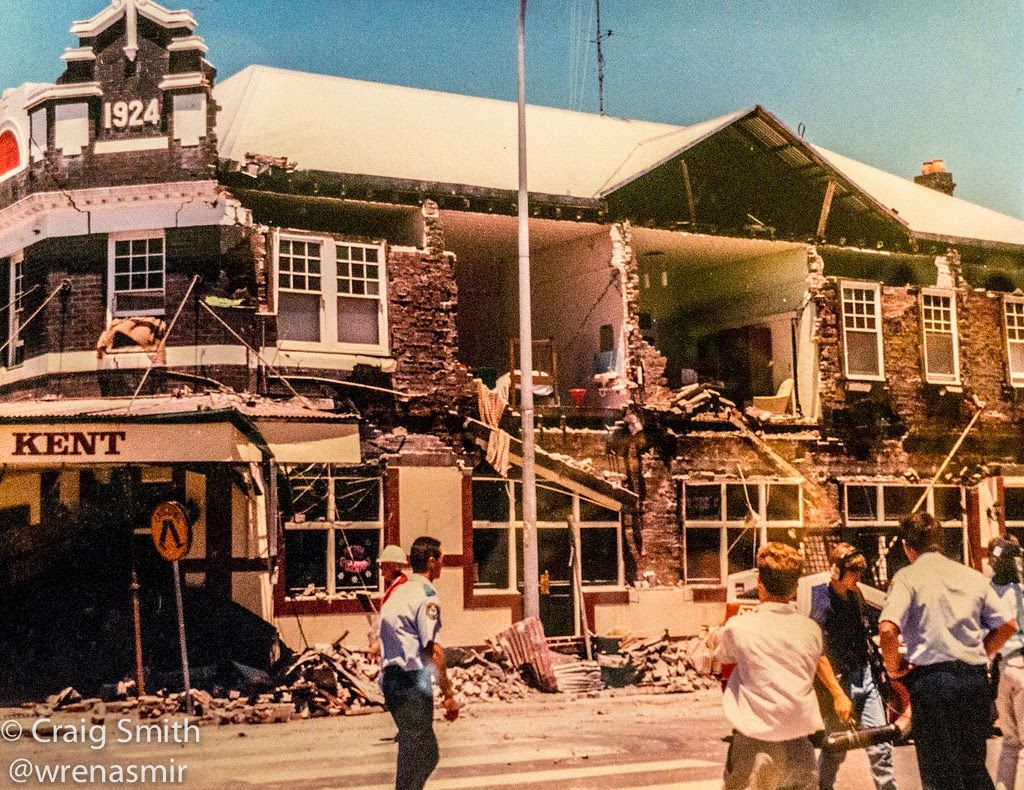 Newcastle Earthquake Dec 28 1989 Devastation Along Beaumont St In The Newcastle Suburb Of Hamilton After The Magni Newcastle Newcastle Nsw Australia History
