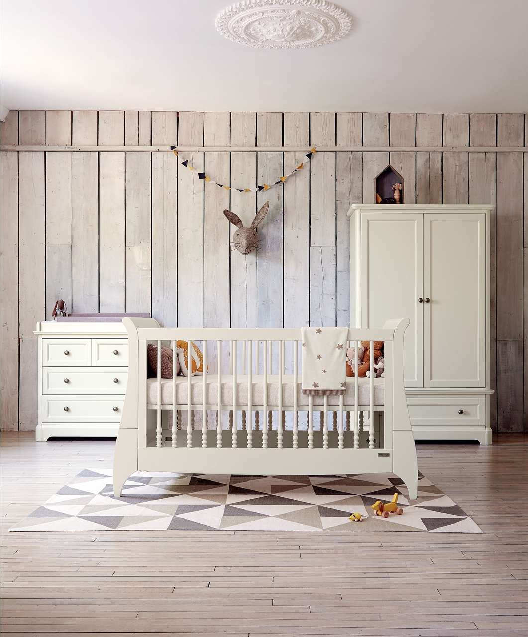 Attractive This Orchard 3 Piece Set Completes Your Childu0027s Nursery All In One With  Cot/Toddler Bed, Dresser With Changer And Wardrobe. Get Yours From Mamas U0026  Papas.