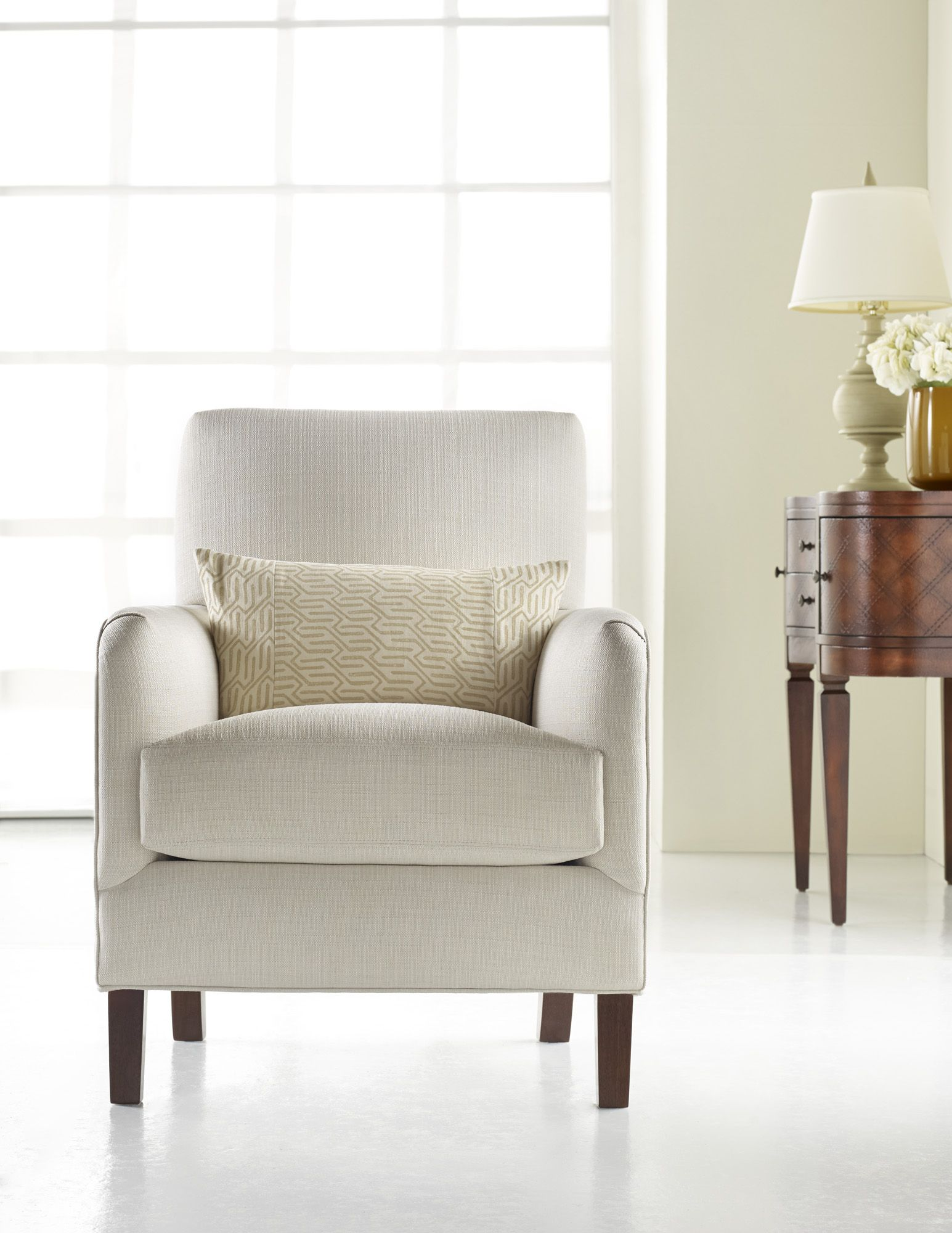 H Contract Furniture | HC9520 Jaxon Lounge Chair