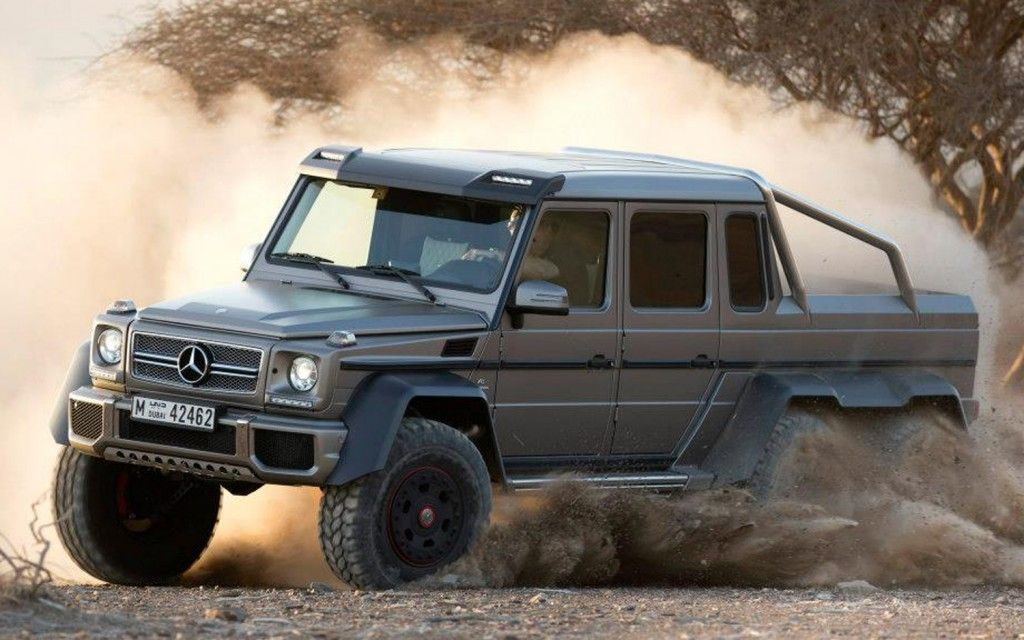 The Mercedes-Benz-G63 AMG 6x6 is straight up insane