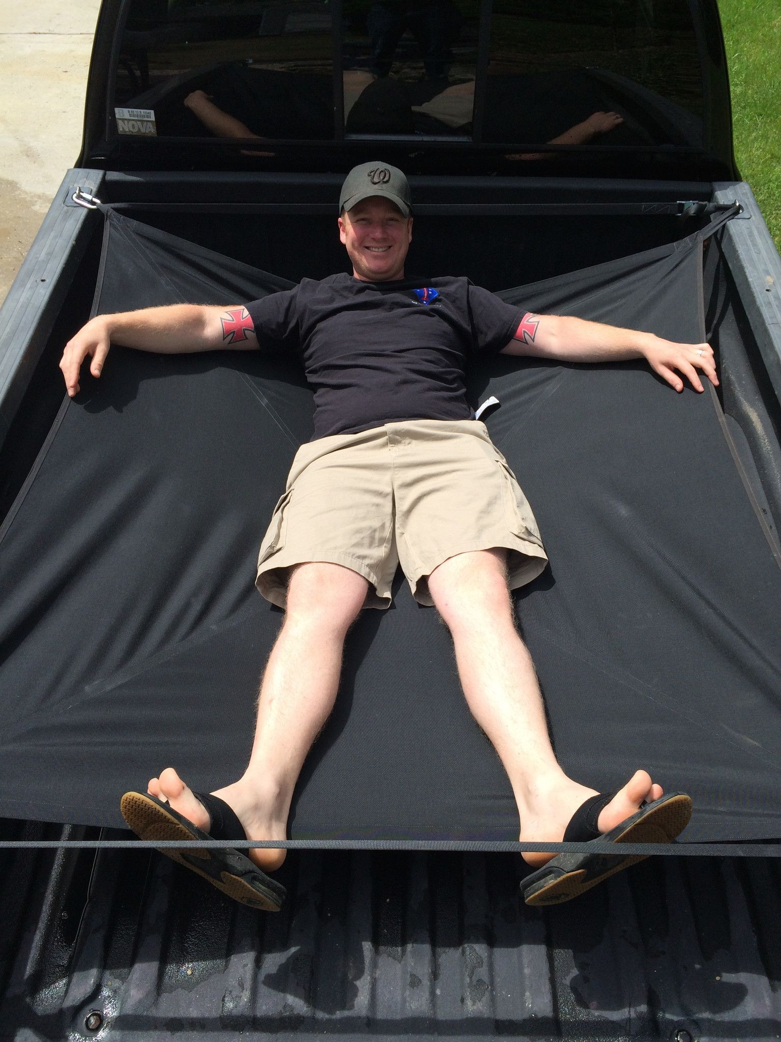 The Jammocktruck Is Hammock For Your Truck Bed It S A