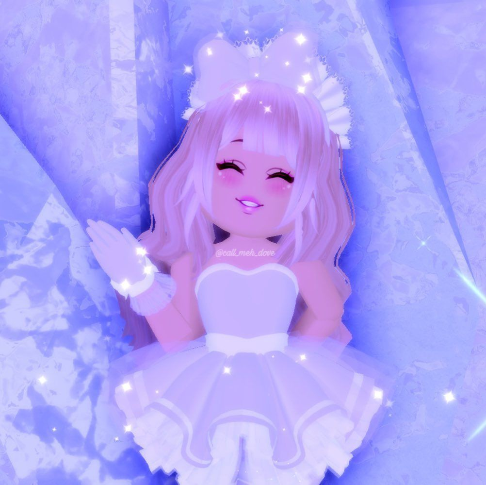 Cute Royale High outfit. [ROBLOX]  Roblox pictures, Cute tumblr