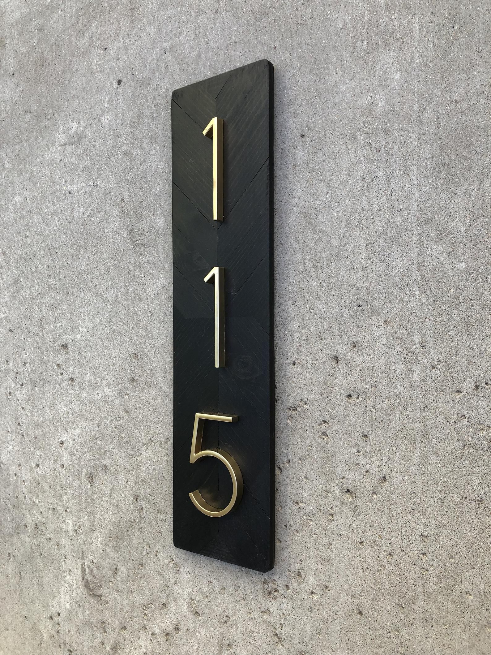 cc5f5cd967335 Address Plaque Vertical, Vertical House Numbers, Modern House ...