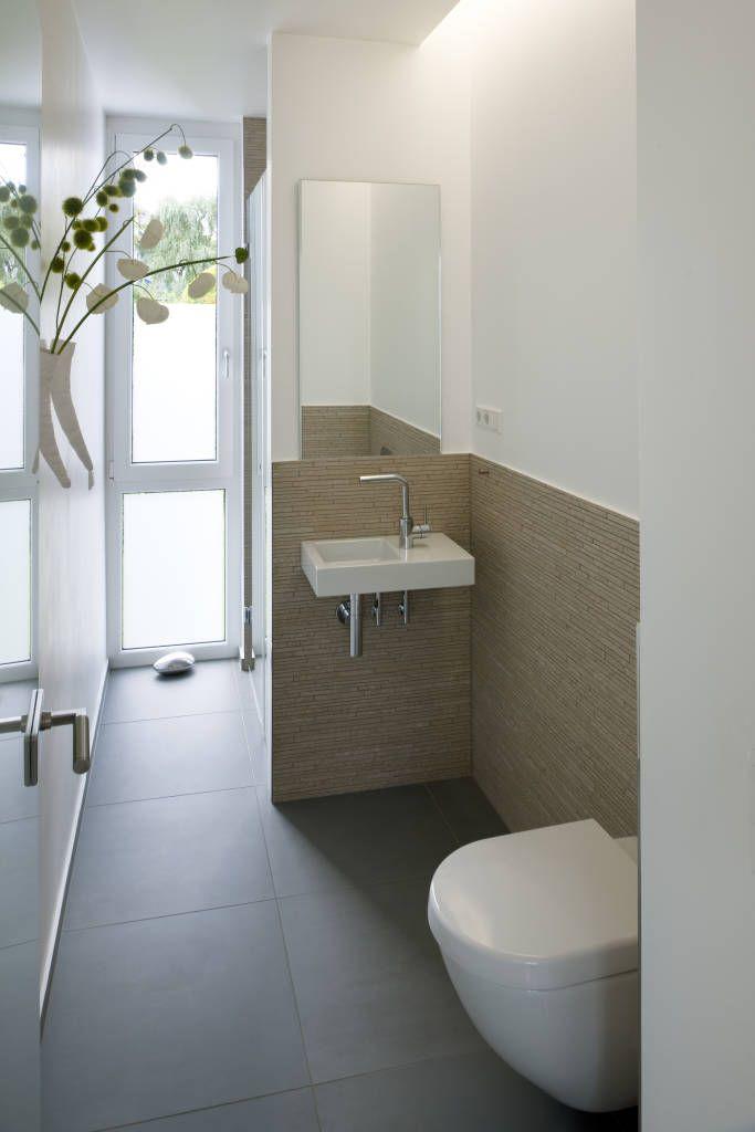 Finde Moderne Badezimmer Designs: Modernes Einfamilienhaus In Essen.  Entdecke Die Schönsten Bilder Zur Inspiration