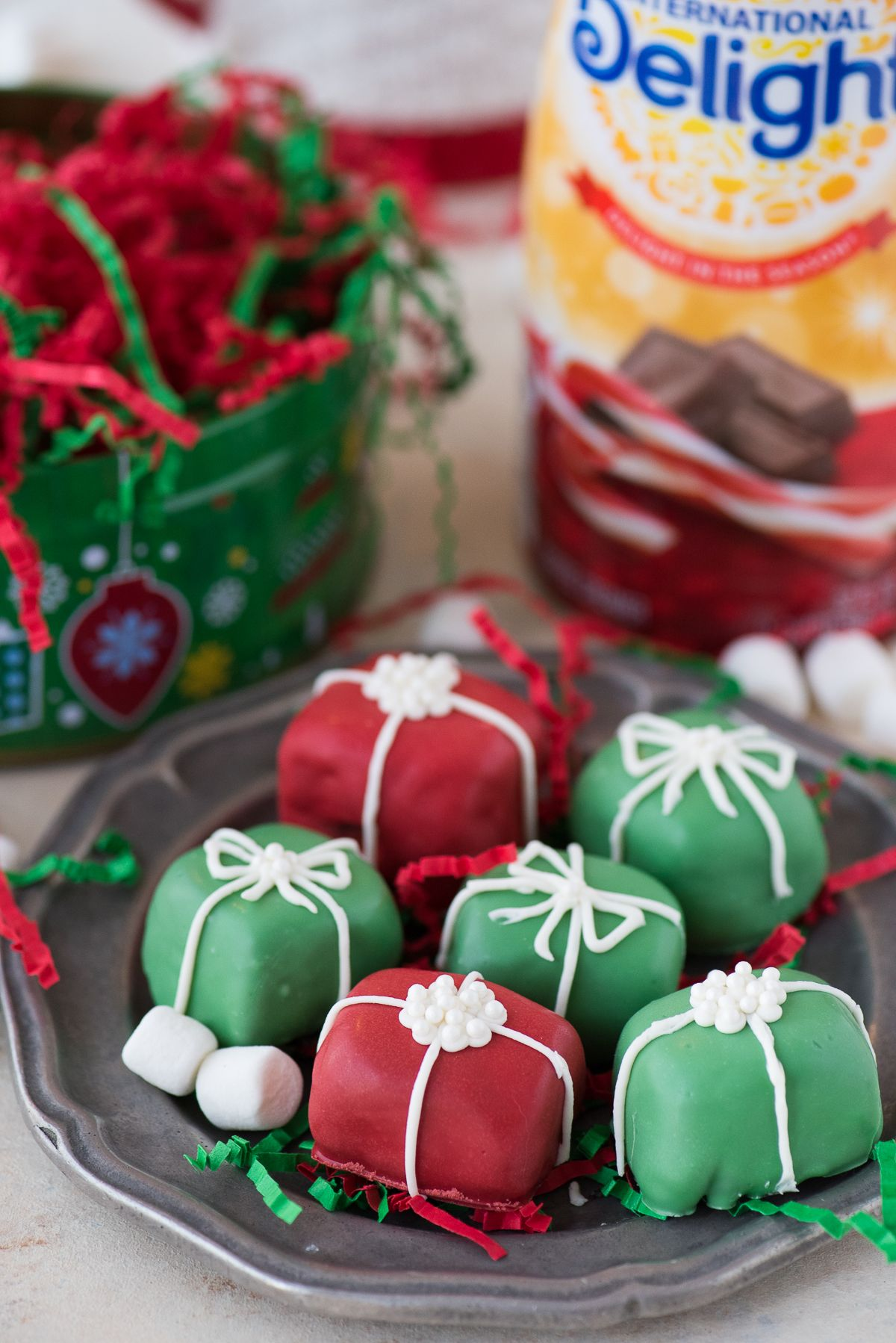 Christmas Oreo Balls.Your Family Will Want To Make These Christmas Present Oreo