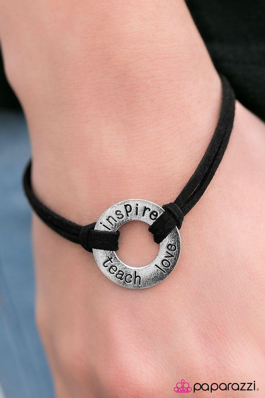 Never Strop Dreaming Black Bracelet