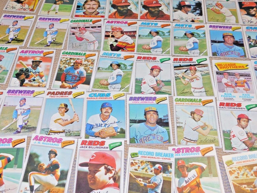 1977 topps baseball cards lot of 50 in exccond inc
