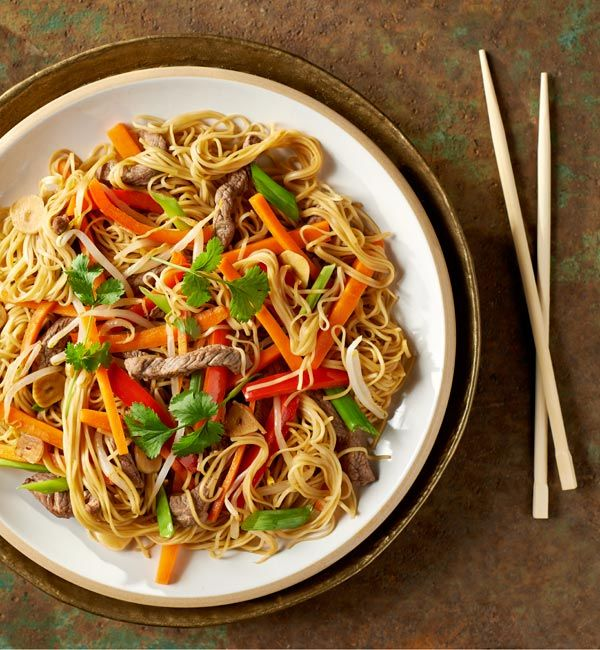 Makaron Chow Mein Z Wolowina Przepis Recipe Chow Mein Simple Clean Eating Meal Plan Nutrition Meal Plan