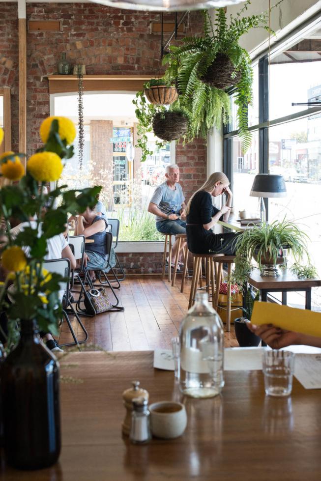 Bobbyandtie ・c a f e・ pinterest cafes restaurants