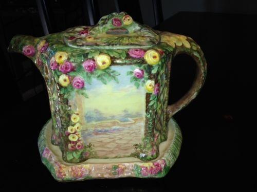 Royal Winton Trellis Rose Garden Cottage Ware Teapot & Stand