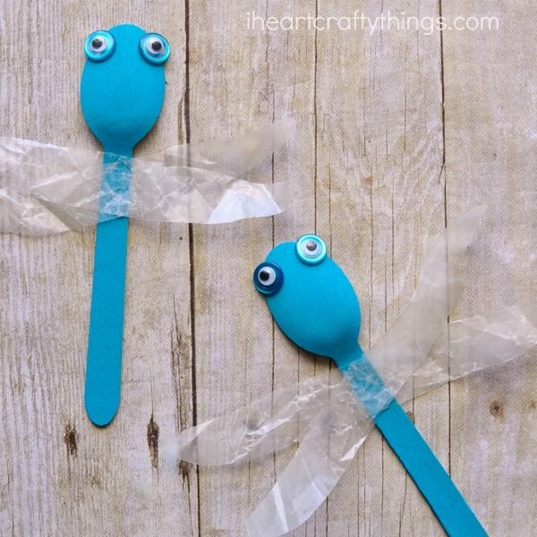 wooden-spoon-dragonfly-craft-for-kids-2.jpg 600×600 pikseliä