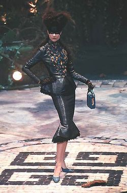Givenchy Haute Couture Autumn/Winter 1998 by Alexander McQueen.