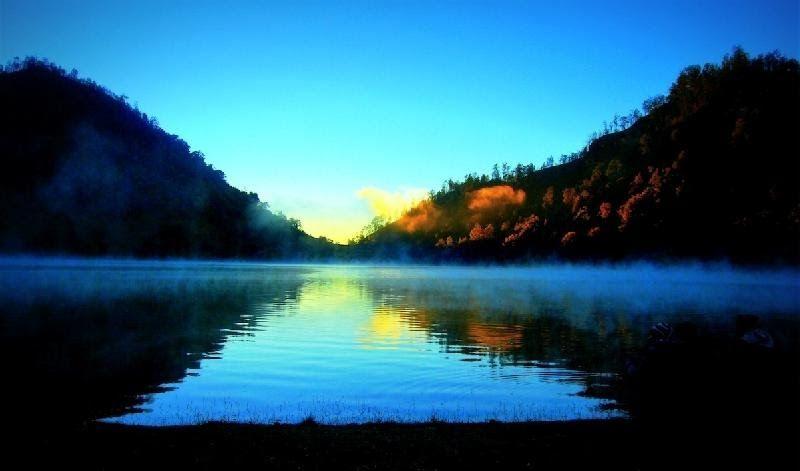 25 Gambar Pemandangan Gunung Semeru Selain Itu Pamor Gunung Mahameru Juga Semakin Baik Ketika Diangkat Ke Sebuah Film Lay Di 2020 Pemandangan Luar Ruangan Eksterior