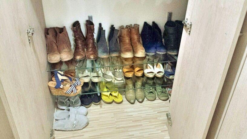 Repisa de vidrio,  porta zapatos chic
