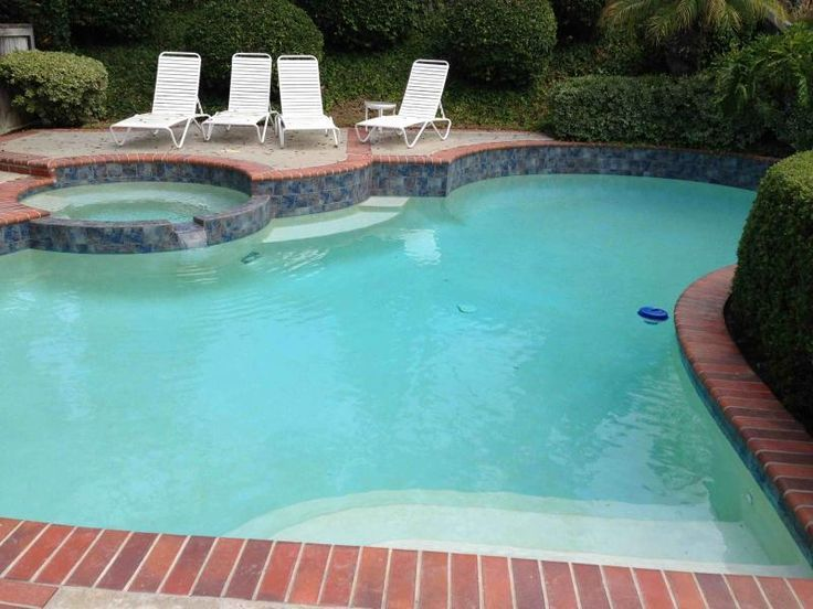 Colors for pool tiles with brick coping google search pool in 2018 pinterest tiles pool for Painting aluminum swimming pool coping