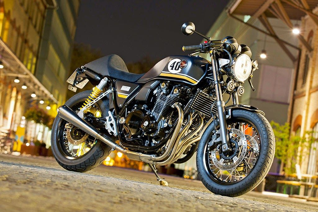 Racing Cafe Honda CB 1100 EX Dark Racer 2014