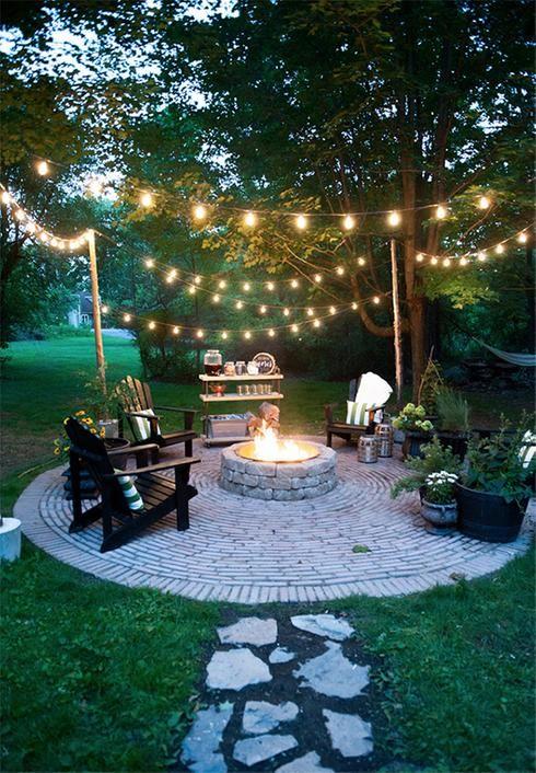 Photo of 10 guirlandes et décorations lumineuses pour une cour de rêve