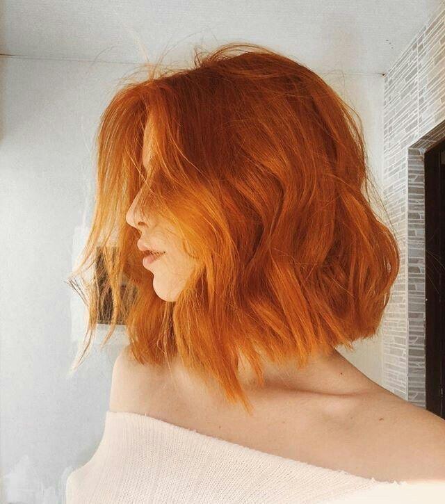 Kurze Haare Langer Bob Lob Orange Haare Ingwer Kupfer Haarschnitt Haarfarbe Haare Ingwer Ginger Hair Color Hair Styles Short Hair Styles