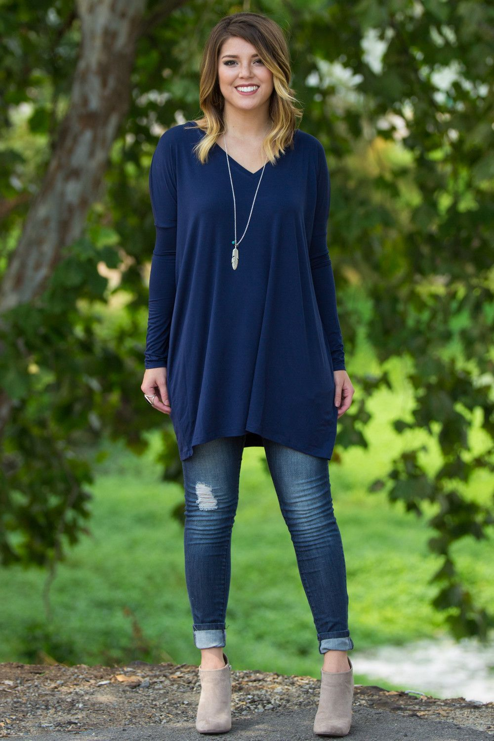 11f1532bdc5 The Perfect Piko V-Neck Tunic Top-Navy - need for leggings - plain navy
