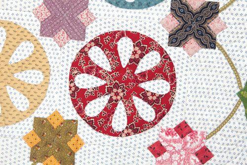 Broken Wagon Wheel Quilt Pattern Wagon Wheel Close Up 1 Circle Quilts Wagon Wheel Quilt Patterns