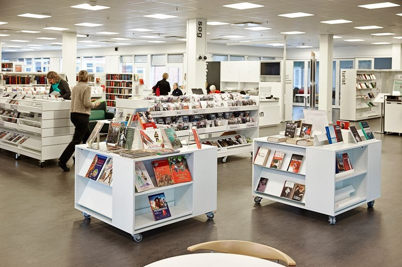 Kista Public Library (Stockholm) - could we cut our rolling shelves and stick them together for displays