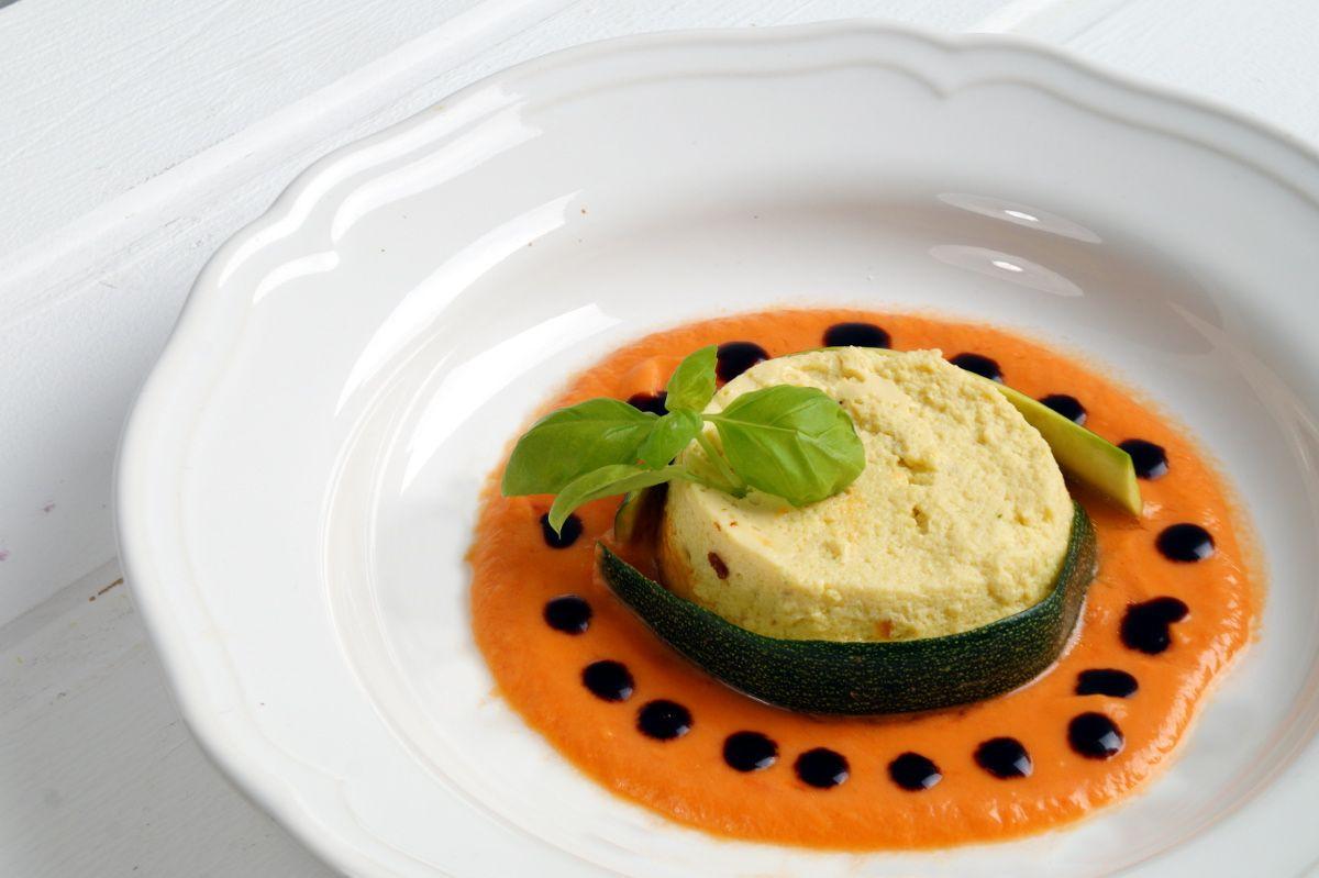 Gastbeitrag von Domenico: Zucchiniflan mit Tomatensauce #CookingItaly, #Flan, #Itlalienisch, #Mediteran, #Zucchini