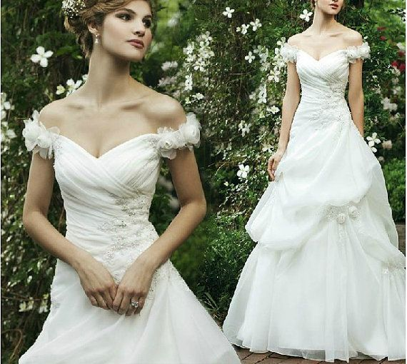 Custom Off Shoulder Sweetheart Neckline Lace Tulle Wedding