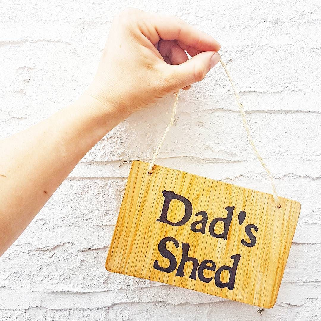Unique gifts for amazing dads this #fathersday!  ______________________  For 20% OFF ANY ORDER use voucher code INSTAGRAM20!  To see our full range of personalised wooden keepsake boxes head over to makememento.com (link in bio) or visit our etsy store - makememento.etsy.com ______________________ . . . . .