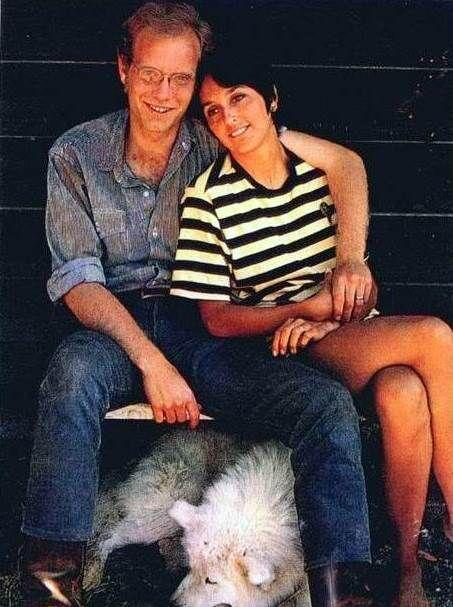 Joan and David Harris | Visions of Johanna | Pinterest | Joan baez ...