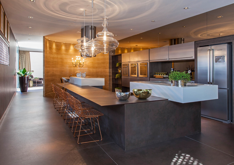 Celeb Designer Christopher Grubb Shares The Top New Kitchen Trends Custom Designer Kitchen Colors Inspiration
