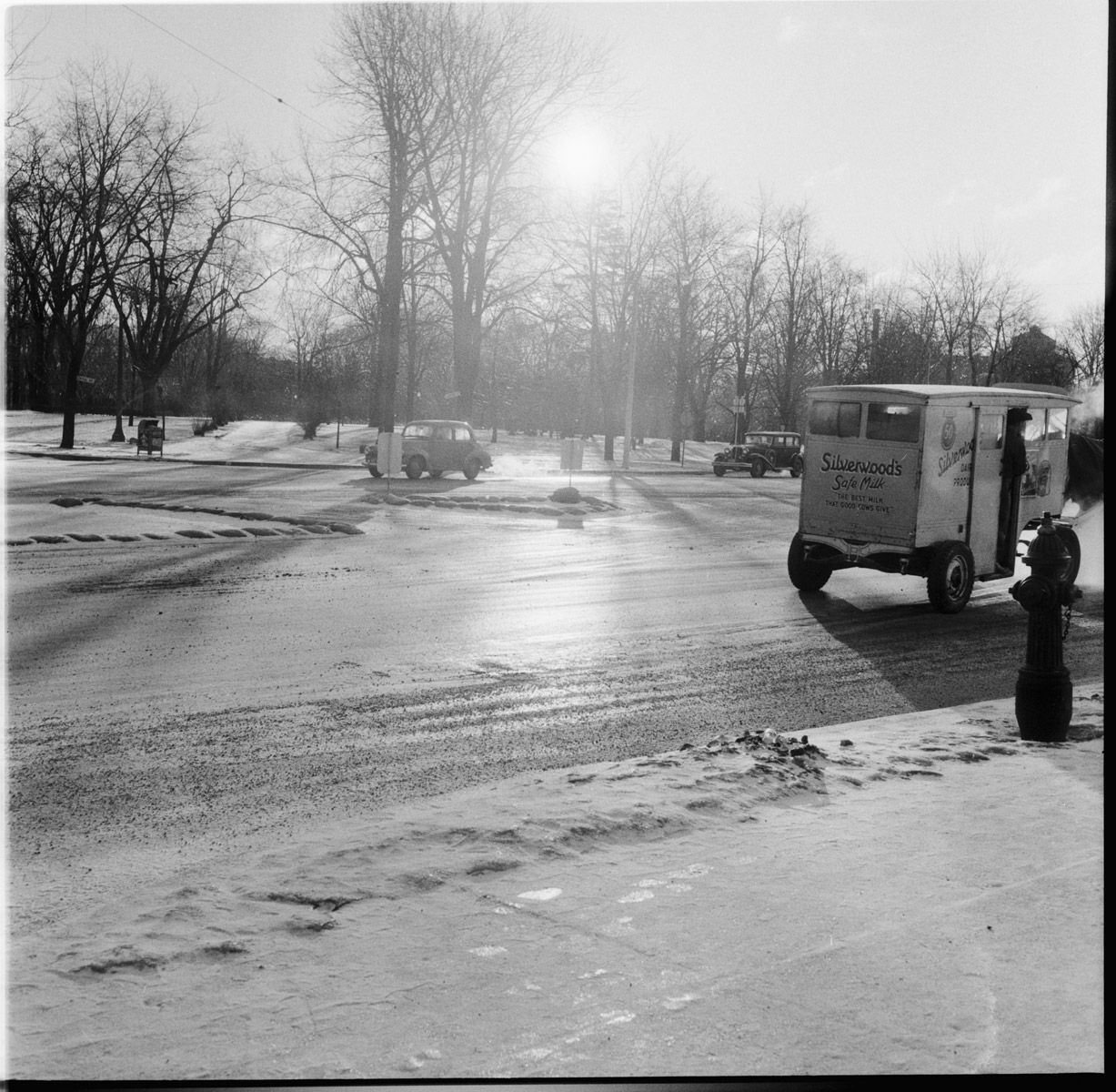 Cold Weather Story [Silverwoods Milk Van And Rink Making
