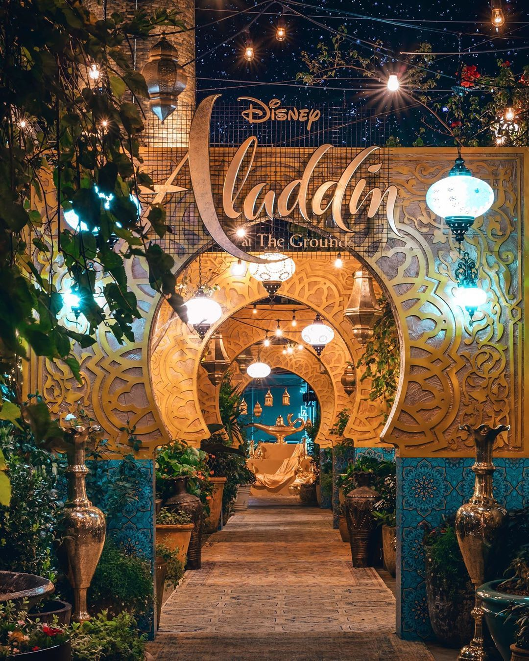 Disney Fans Can Experience This Breathtaking Café Inspired By The Movie