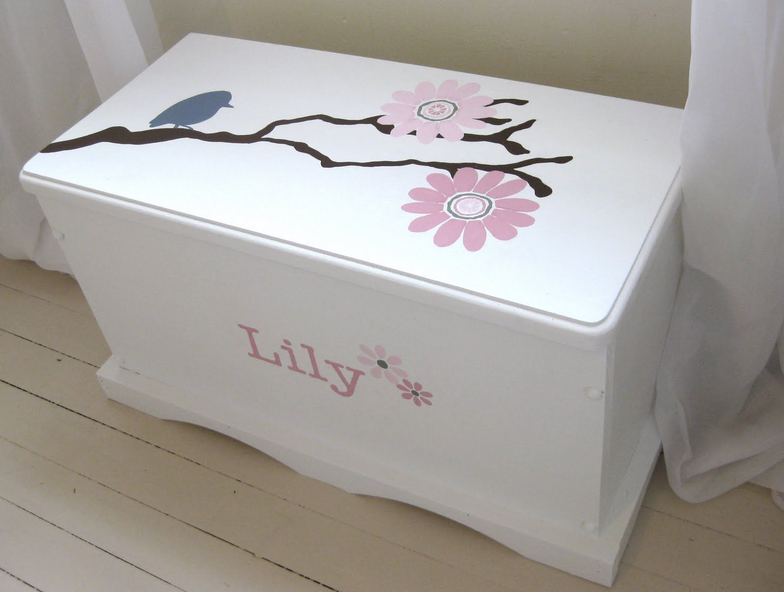 Painted Toy Chest Painted Toy Chest Girls Toy Box Diy Toy Box