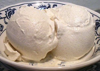 EASY COFFEE ICE CREAM, no ice cream maker needed!  A very clever way to make ice cream, by freezing the ingredients then blending in food processor. From Linda's Low Carb Menus & Recipes
